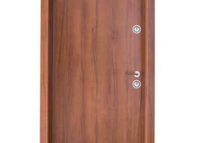 Българска входна врата модел Doormex, подходяща за външни условия